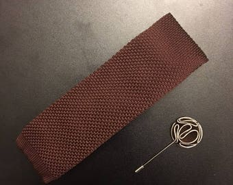 Mens tie. Lapel Pin. Necktie and Lapel Pin Set. Skinny Tie. Knit tie. Brown Tie