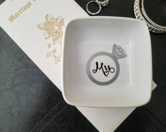 Wedding Jewelry Dish, Wedding Ring Dish, Ring Holder, Jewelry Tray, Engagement Gift, Bridesmaid Gift, Wedding Gift, Wedding Jewelry Tray