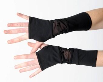 Schwarz Sternenhimmel Armstulpen schwarz Patchwork-Handschuhe, Jersey und Spitze fingerlose Handschuhe, Spitzen Pulswärmer, Geschenk für Frauen, MALAM