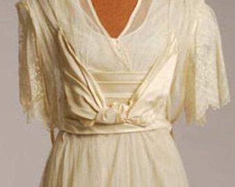 Original Teens Era Wedding/Gown w/ elaborate pannier effect ,Cream Silk Net  Size 6 - item #183, Wedding Apparel