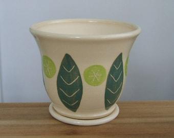 Gardening Gift. Ceramic Planter, Plant Pot, Leaf Design Pottery Pot with Drainage Tray, Stoneware Houseplant Pot, Housewarming Gift