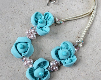 School supplies Baby bead necklace Pastel fabric flower Chunky necklace Little girl Pink blue necklace Birthday gift for Toddler necklace