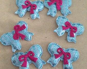 6 blue bow applique