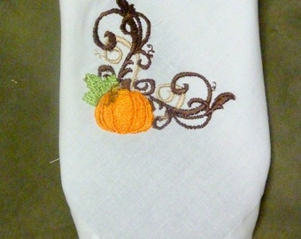 Embroidered Cloth Napkins - Thanksgiving Napkins - Table Linens  - Set of 4 - Fall Pumpkins - Eco Friendly napkins