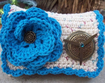Crocheted Purse  ~  Ecru Tweed and Turquoise Blue with Bronze Locket Crocheted Cotton Little Bit Purse