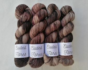 merino wool nylon hand dyed sock yarn 100g / 425m / Eluded Fibres / NUT