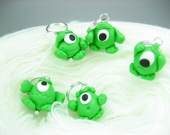 Alien Stitch Markers  5x, Martian outer space monster knitting accessories alien charm gift for knitters polymer clay cute funny green