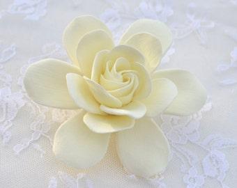 1 pcs Ivory Gardenia Hair Clip. Ivory Gardenia Hair accessories, Ivory Gardenia Bridal hair Clip