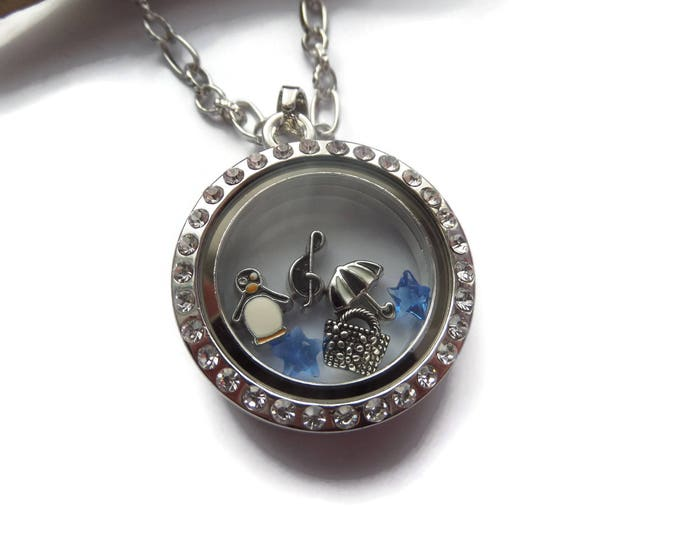 Mary Poppins floating locket, poppins jewelery, poppins gift, novelty gift, london gift, glass locket, fandom gift, sandykissesuk