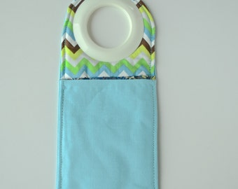 Charging station for phone - phone case - phone cover