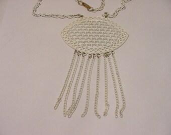 Vintage White Enameled Metal Necklace  11- 867