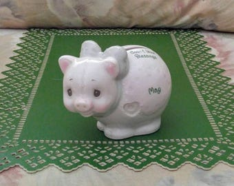 """1996 Precious Moments May Piggy Bank """"Count Your Blessings"""" Enesco Emerald Coin Slot Porcelain Pig Bank Vintage Collectibles Home Living"""