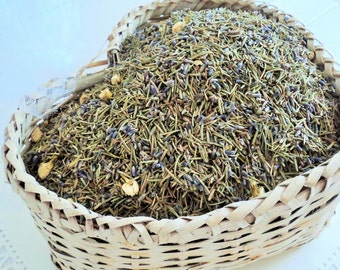 ELIZABETHAN WEDDING HERBS, Biodegradable Confetti, Ecofriendly Wedding, Lavender and Rosemary, Bridal white flowers, for fairy tale endings