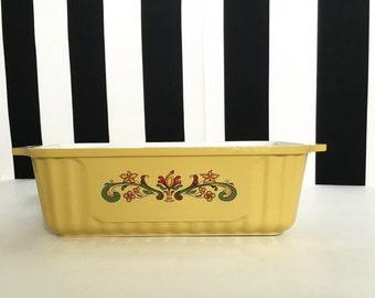 Vintage Harvest Gold Nordic Ware Bread Pan