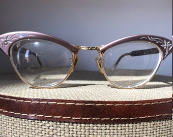Vintage Cat Eyeglasses/Aluminum American Optical/5 1/2/Vintage Eyewear/Etched Glasses/Vintage Cat eyewear/Pink/Mauve/Metal Floral
