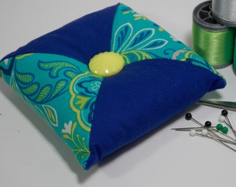 Quilted Square - Tirangular Patchwork Pincushion - Blue / Floral Paisley / Navy - Poly-fil / Crushed Walnut Shell Filling