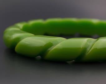 Green Rope Bakelite Bangle, Green Carved Bakelite, Carved Bakelite Bangle, Carved Bakelite Jewelry, Vintage Bakelite Jewelry