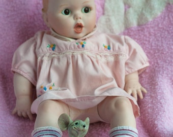 """Baby Doll Porcelain VTG Unmarked 14-1/2"""" Closed Open-Mouth Painted Features Toy"""