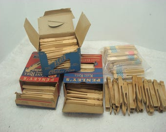 Vintage Wooden Clothes Pins In Box Penley's Kant Roll 30 (2 Boxes) Top Flite Square Cut 30 & Used Clothes Pins
