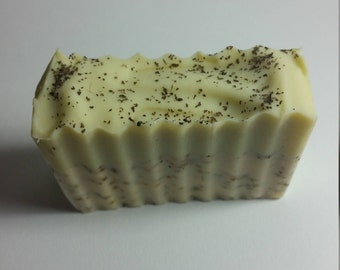 Natural Handcrafted Green Tea and Honey Soap