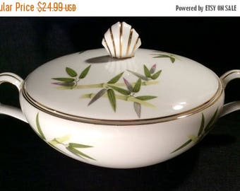 ON SALE Narumi BAMBOO Round Covered Vegetable Serving Bowl Dinnerware a 49.99 value Near Mint Condition