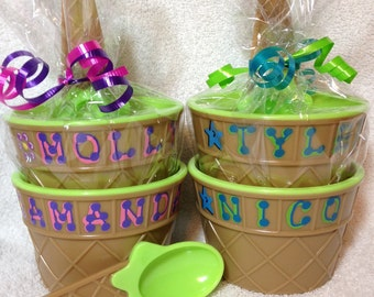 """GREEN Personalized Ice Cream Dish / Party Favor / Kid's Personalized Ice Cream Cup with Spoon / 4"""" wide x 2.5"""" tall / Ice Cream Dish"""