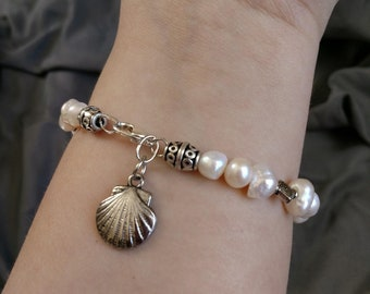 Calm Pearl Bracelet