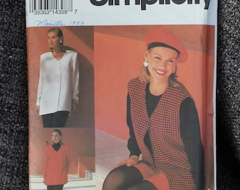 Simplicity 8554 pattern, Misses Pants, Shorts, top  and vest. Size 10-16