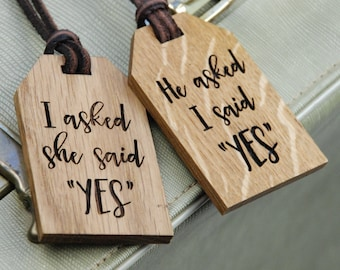 Newlyweds Luggage Tags - Unique gift for wife - Personalized - Mr and Mrs Wedding Gift - Honeymoon - Mr and Mr Gift - Mrs and Mrs Gift
