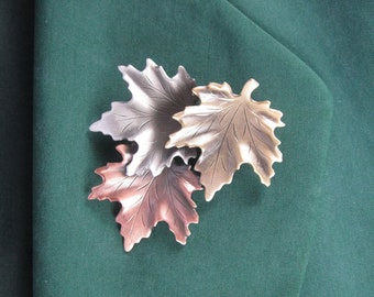 Maple Leaves Brooch- Leaves Jewelry- Fall Leaves- Autumn Leaves- mixed metal jewelry