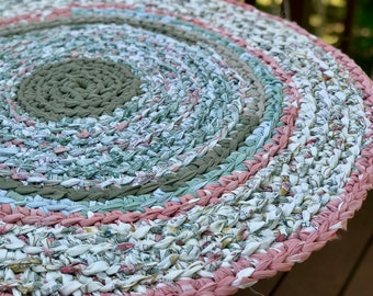 Round Rag Rug Recycled Textiles Yarn Ready to Ship