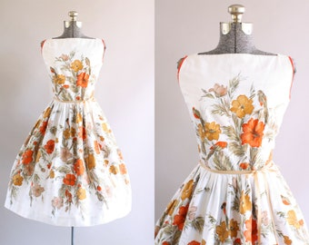 Vintage 1950s Dress / 50s Cotton Dress / Red and Brown Floral Border Print Sun Dress S