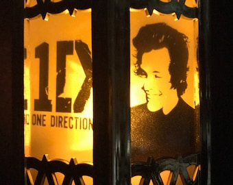 One Direction Inspired Battery-Operated Plastic Mini Lantern