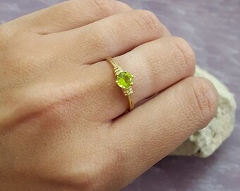 SALE! Birthstone ring,August ring,Stacking Ring, Peridot Ring,Gold Ring, Thin Stackable Ring,Vintage Ring,Gemstone Ring, Bridal Ring