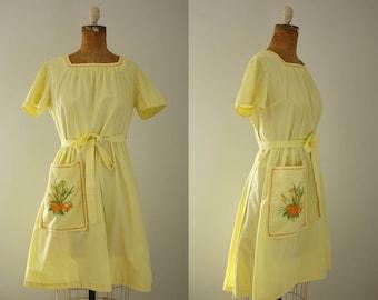 1950s Swirl wrap dress   vintage 50s yellow apron dress