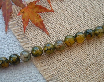 Set of 5 8mm Dragon veins AGATE with green beads