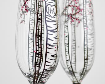 Personalized Birch Tree Champagne Flutes - Set of 2 Hand Painted Spring Wedding Toasting Flutes - Personalized Wedding Glasses