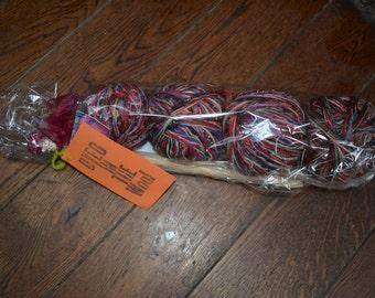 This is a super chunky yarn jumbo knitting kit.