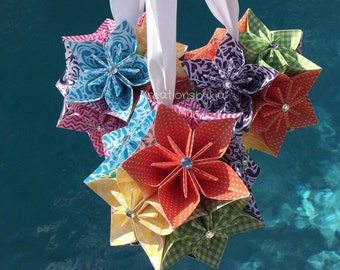 RAINBOW // 3 Origami Paper Flowers / Kissing Balls / Origami / Paper Flowers / Pomander / Kissing Ball / Paper ball