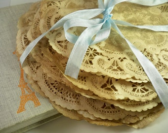 """Paper Doilies 8"""" Inch and 10"""" Inch. Set of 25. Vintage. French Lace. Vintage Wedding. Boho. Anthropologie Travel Theme Rustic. Gift Wrap."""