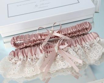 dusty pink wedding garter set, dusty rose wedding garter set, dusty rose bridal garter set, old pink wedding garter set, old pink garter set