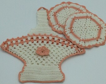 Crocket Basket with two Coasters, Crochet Basket with two Hot Pads, Collectible Crocket Basket Hot Pad Holder