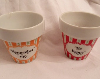"""70's Small 3"""" Flower Pot Remember Me and Be Happy Holly Hobbie Style JAPAN"""