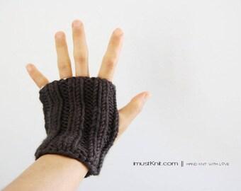 chunky hand knit fingerless gloves | raven fingerless mittens ||| driving gloves || ribbed gloves | gift for unisex  -raven