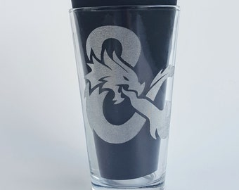 Etched DnD 16oz Pub Glass