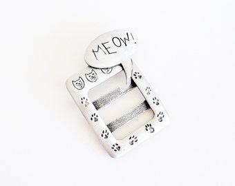 JJ Meow Cat Picture Frame Brooch Pin