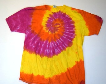 Sunshine On My Shoulders Spiral Tie Dye T-Shirt  (Fruit of the Loom Heavy Cotton HD Size L) (One of a Kind)