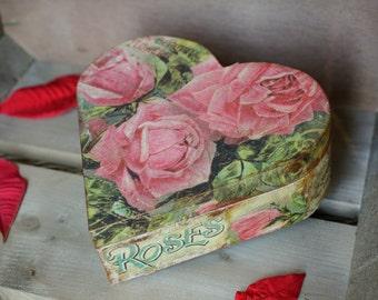 Heart decoupaged wooden box , Romantic handmade jewellery box, Heart box with roses, Jewellery box, Storage heart box