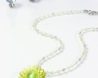 Green Flower Necklace, white pearl necklace, chartreuse necklace, wedding jewelry, green flower pendant, fresh green necklace, 388-1