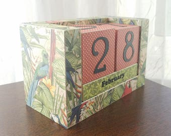 Perpetual Wooden Block Calendar, Exotic Birds in the Rainforest, Parrots, Bird Lovers, Ready to Ship, Gifts for 20, Calendar Blocks